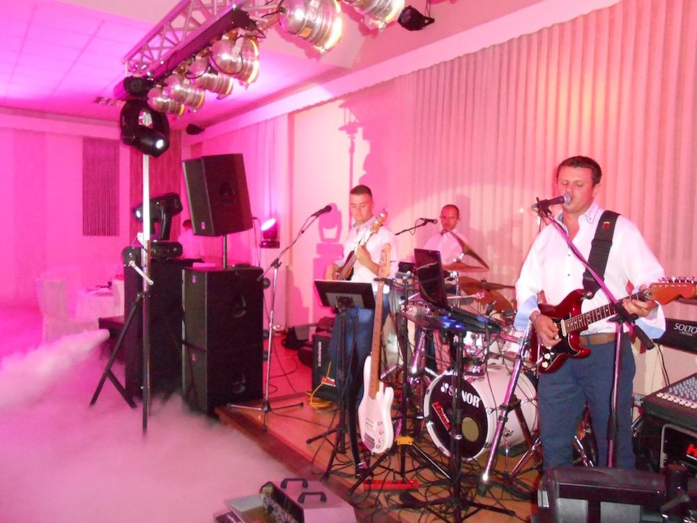 http://www.band-havana.com/wp-content/uploads/2017/02/Picture-015.jpeg